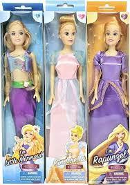 4 tienerpoppen van de bekende sprookjes princessen.