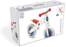 Scratch balance fiets van hout.