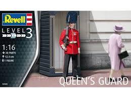 REVELL 1:16 Queen's Guard 02800