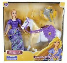 Rapunzel met haar paard.