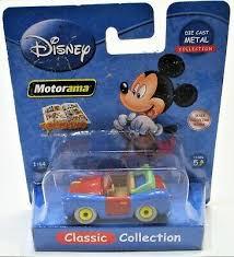 Disney mini auto van metaal mickey mouse auto 5 cm groot