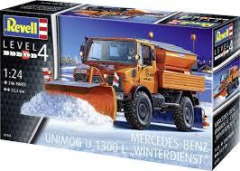 Revell bouwmodel Mercedes benz unimog winterdienst.