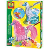 Ses creatief gieten en schilderen paard met glitterharen.