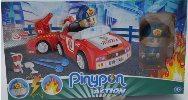 Pinypon brandweerwagen met brandweer spuit en brandweerman.