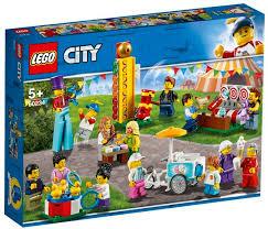 Lego city kermis met 14 minifiguren. 60234